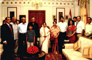 B D Mundhra and family with President Pratibha Patil